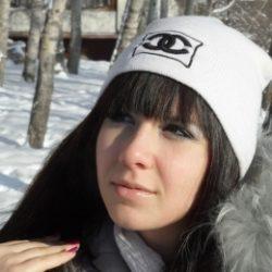 Молодая пара ищет девушку для секса в Перми