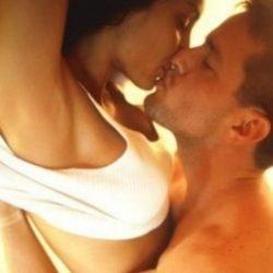 Мы молодая и красивая пара, хотим секс втроём с молодой дамой в Перми